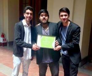 Municipalidad de Santiago premia innovadora aplicación creada por estudiantes del Departamento de Ingeniería Industrial