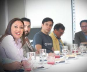 Gran convocatoria de ex alumnos (as) y empresarios