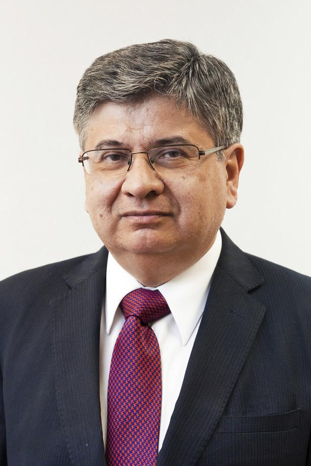 Dr. Luis Quezada es elegido presidente del directorio de la Fundación Internacional de Investigación en Producción