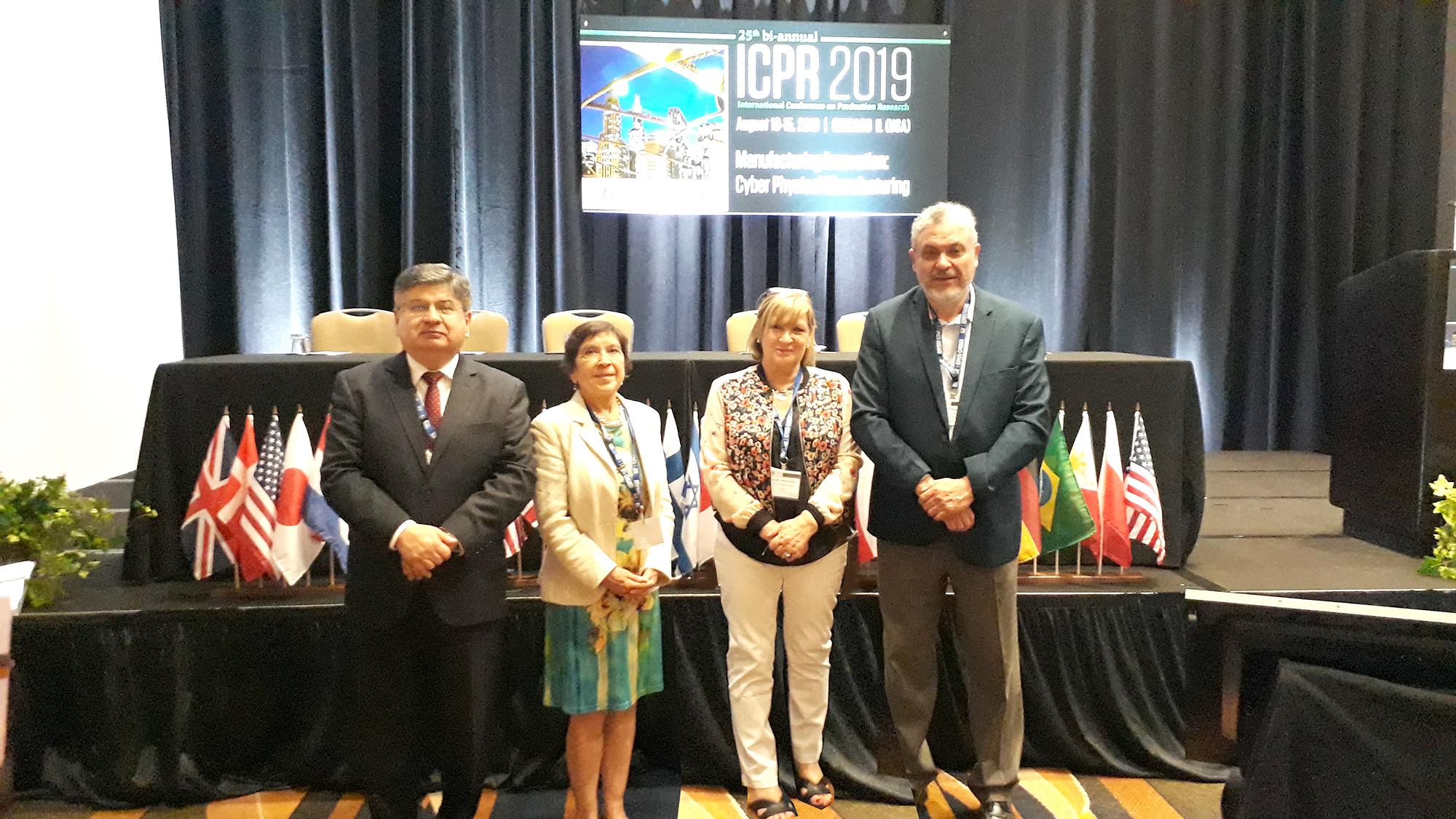 Académicos del Departamento de Ingeniería Industrial expusieron en la 25° International Conference on Production Research en Chicago